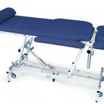 Медицинские кровати и массажные столы