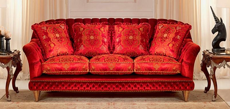 Профессиональная перетяжка диванов